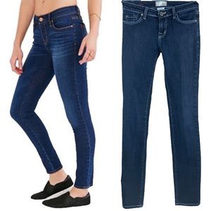 Urban Outfitters BDG Twig Mid-Rise Skinny Jean, 26